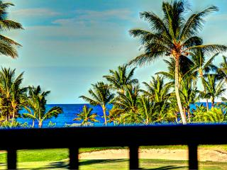 ★STUNNING★ PENTHOUSE- AMAZING LANAI- OCEAN ViEW - Waikoloa vacation rentals
