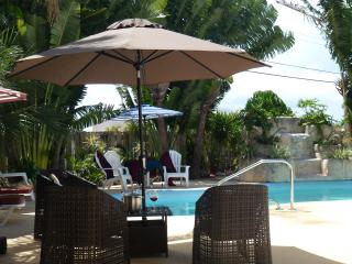Beautiful and Spacious House With Private Pool Nea - Lantana vacation rentals
