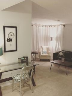 Nice House with Internet Access and Dishwasher - Albuquerque vacation rentals