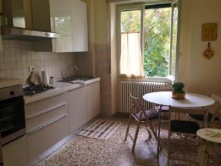 A Green Oasis with Lake View - Garda vacation rentals
