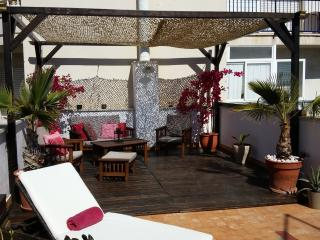Kikas Place in Sitges centre  3bedroom/5 outdoor - Sitges vacation rentals