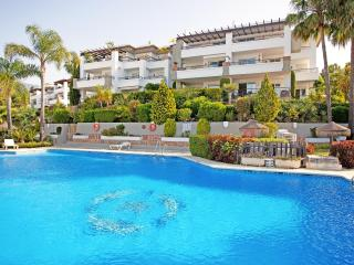 Three bedroom apartment with golf views Arqueros - Benahavis vacation rentals
