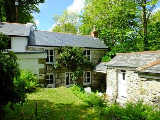 Perfect 2 bedroom Lamorna Cottage with Internet Access - Lamorna vacation rentals