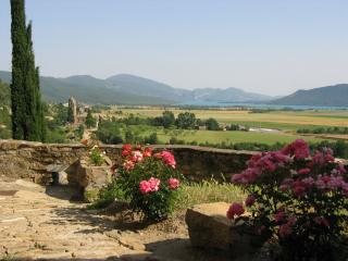 Stone house with fantastic views and large terrace - Huesca Province vacation rentals