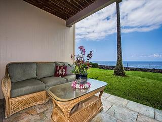 Spacious, Groundfloor Oceanfront Unit, 2 bedroom, 2 bath - Kailua-Kona vacation rentals