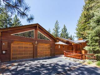 Stunning luxury mountain home with pool table, a hot tub, mountain views. - South Lake Tahoe vacation rentals