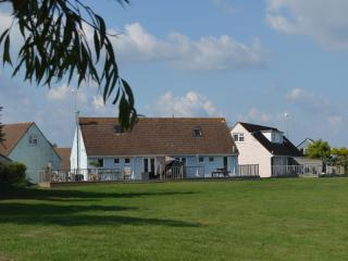 Premier 3 Bedroom Cottage, Seaview, Isle of Wight - Seaview vacation rentals