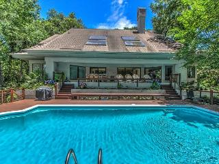 77 Mooring Buoy-5th Row Ocean w/ LARGE pool & Lagoon View. - Hilton Head vacation rentals