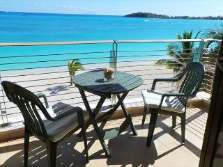 2 Bedroom Beachfront Condo! - Philipsburg vacation rentals