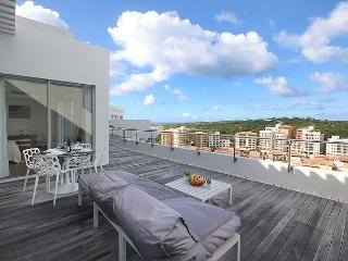 """Blue Residence 707B 1 Bedr Penthouse Condo at """"Blue Mall"""" 