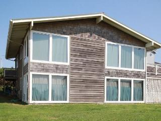214 Pacific Paradise - Take your dog on a trip he will never forget! - Lincoln City vacation rentals
