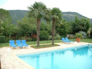 Nice 6 bedroom House in Lodeve - Lodeve vacation rentals