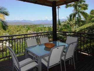 Sunny 2 bedroom House in Port Douglas - Port Douglas vacation rentals