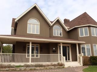Beautiful 4 bedroom Saint John's House with Deck - Saint John's vacation rentals