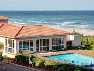 Cozy 2 bedroom Apartment in Illovo Beach - Illovo Beach vacation rentals