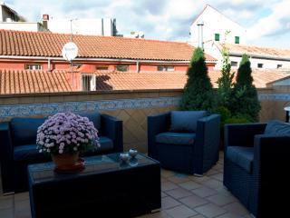 Nice Condo with Internet Access and A/C - Corral de Ayllon vacation rentals