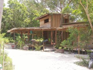 FORABYHOUSE - Surat Thani vacation rentals