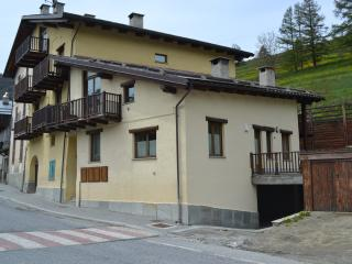 1 bedroom Townhouse with Internet Access in Pragelato - Pragelato vacation rentals