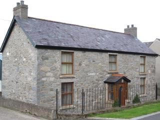 Rural Co Down Self Catering Farmhouse, sleeps 6. - Dromara vacation rentals