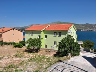 TH00703 Apartments Kelam / A1 One bedroom - Okrug Donji vacation rentals