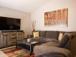 Beautiful Scottsdale Remodel 6 beds Sleeps 10 - Scottsdale vacation rentals