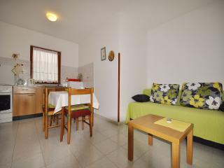 Lovely 1 bedroom Condo in Fazana - Fazana vacation rentals
