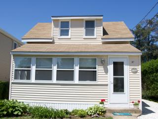 Beautifully Renovated Beach Cottage - Old Lyme vacation rentals