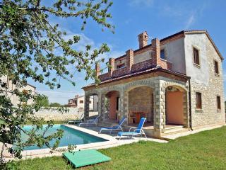 TH00467 Luxury Villa Astoria A1 - Cabrunici vacation rentals