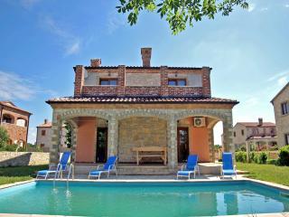 TH00467 Luxury Villa Astoria A3 - Cabrunici vacation rentals