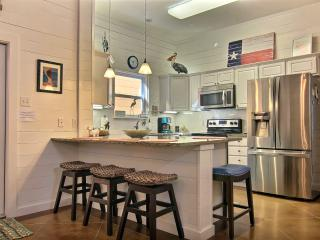 Nice Townhouse with Internet Access and A/C - Port Aransas vacation rentals