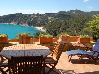 Planta baja con vista al mar y piscina 02 - Tossa de Mar vacation rentals