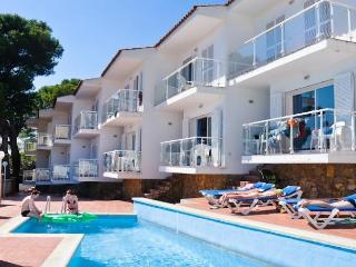 Nice L'Estartit vacation Apartment with Washing Machine - L'Estartit vacation rentals