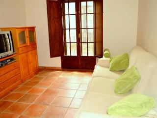 Apartamento en el casco antiguo con parking - Tossa de Mar vacation rentals
