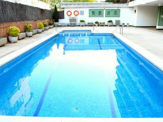Apartamento en Tossa del mar con piscina - Tossa de Mar vacation rentals