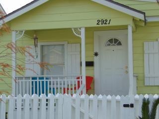 Beachwalk Paradise Adorable Bungalow - Galveston vacation rentals