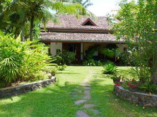 Lovely 2 bedroom Unawatuna Villa with A/C - Unawatuna vacation rentals