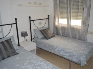 Beautiful 2 bedroom (sleeps 6) Apartment - Turre vacation rentals