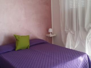 B&B Villa Hibiscus Apartment Violetta with balcony - Giardini Naxos vacation rentals