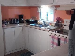 2 bedroom House with Television in Davie - Davie vacation rentals
