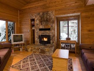 Telemark #8 | 3 Bedroom + Loft Townhome with Ski-In Access, Mountain Views - Whistler vacation rentals