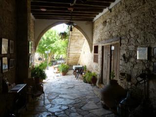 Bright Anoyira Studio rental with Internet Access - Anoyira vacation rentals