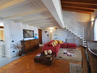 Amazing lake view attic in historic Arona centre - Arona vacation rentals