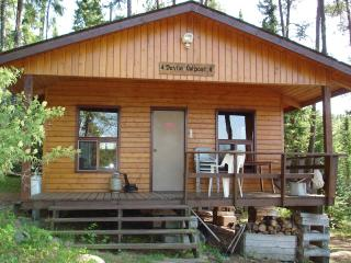 2 bedroom Cottage with Deck in Vermilion Bay - Vermilion Bay vacation rentals