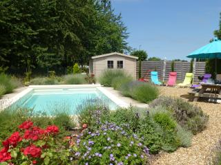 La Bagatelle, Loire Valley - near Saumur with Pool - Saumur vacation rentals
