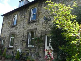 Primrose Cottage, Bakewell, Peak District - Bakewell vacation rentals