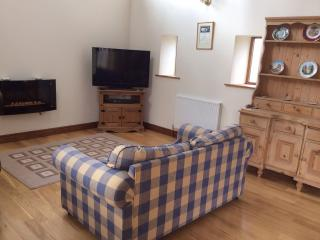 Charming 1 bedroom Sheffield Barn with Internet Access - Sheffield vacation rentals