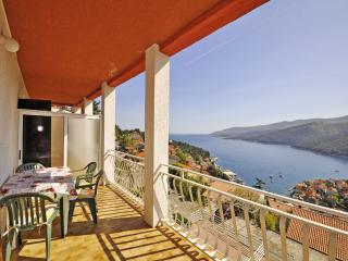 TH00610 Apartments Paliska / Two bedrooms A1 - Rabac vacation rentals