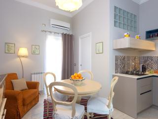 CASA DE LUNA - Taormina vacation rentals