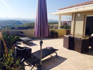 ATTIQUE  VILLA SUR LE TOIT-TERRASSE 62m2 PANORAMA - Les Milles vacation rentals
