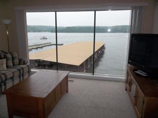 Spectacular Lakefront 3 Bd/3 Bath, WIFI - Lake Ozark vacation rentals